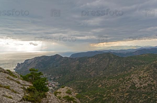 Панорама Крымских гор