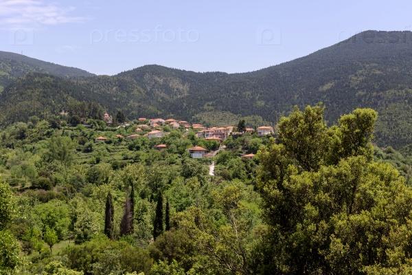 Вид на горы близ села