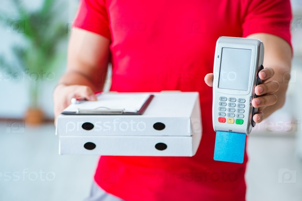 Pizza delivery being paid with pos and credit card