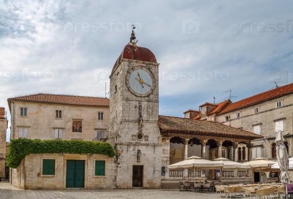 Лоджия и башня с часами, Трогир, Хорватия