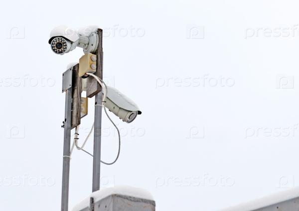 Система видеонаблюдения на заборе в зимний период