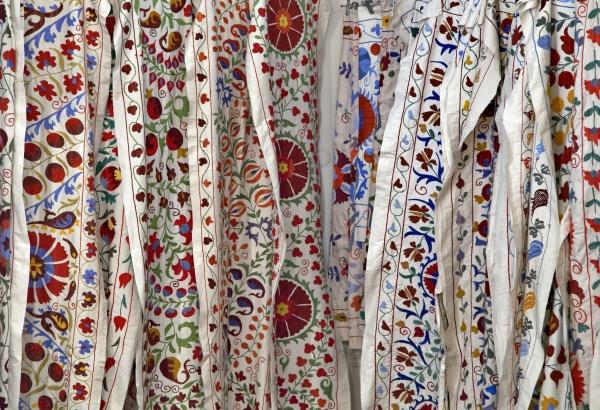 Традиционные узбекские ткани