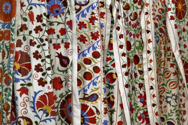 Традиционная Узбекские ткани с