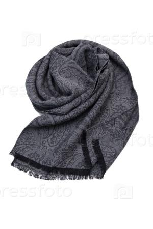 Теплый шарф на белом фоне
