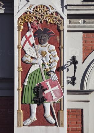 Барельеф на Доме Черноголовых в Риге