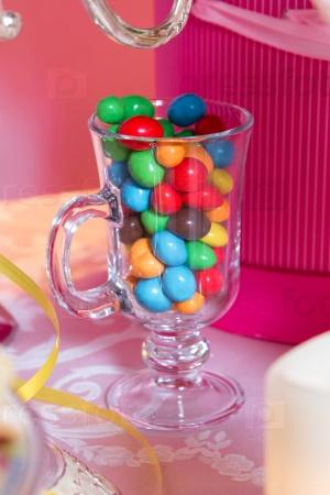 Красочные конфеты