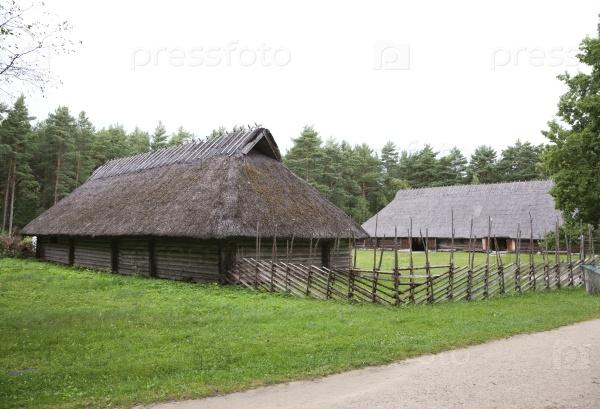 Соломенный дом в музее под открытым небом Рокка-аль-Маре, Таллинн