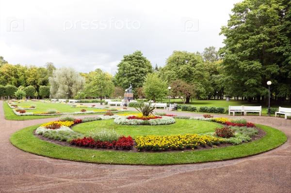 Клумбы в парке Кадриорг, Таллин