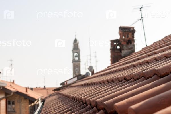 Красные крыши Итальянского города Ломаццо